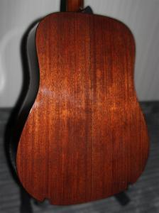 Berndt Guitars Mahogany D back